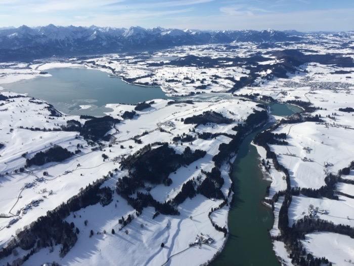 Alpenpanorama Ballonfahrt im Winter: Tannheimer Tal