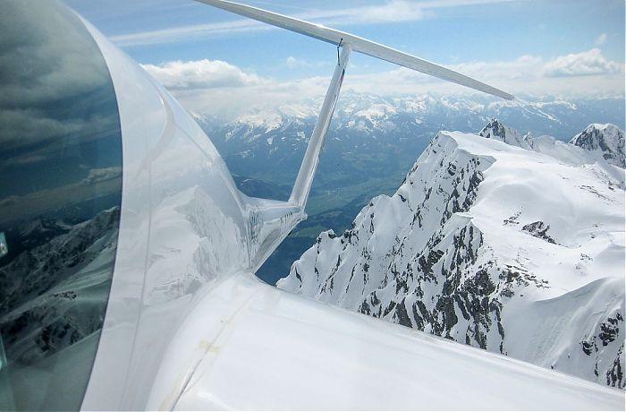 Segelfliegen über den Alpen in 1000 Höhenmetern